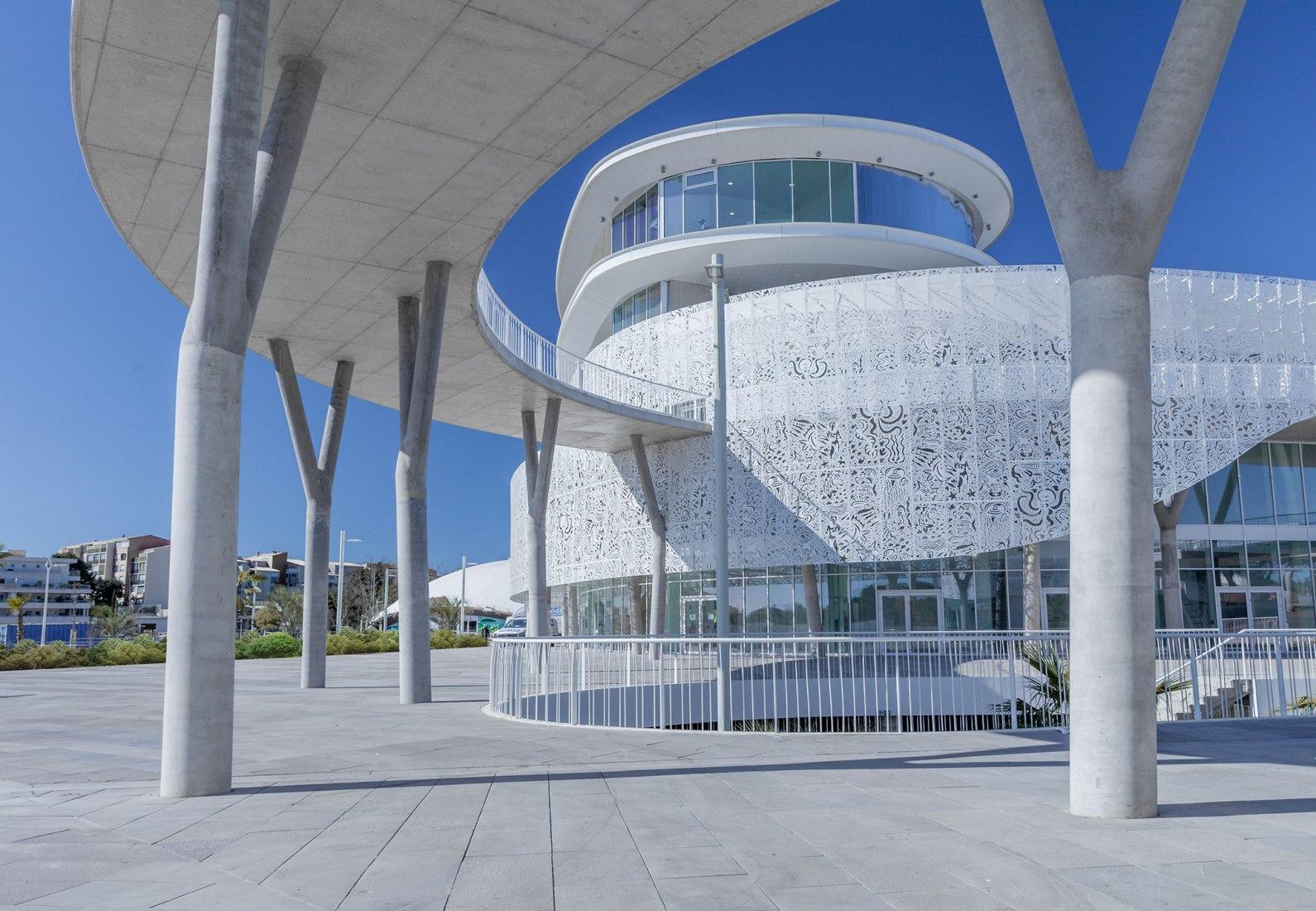 Atelier D Architecture Hervé Vincent palais des congrès & casino cap d'agdea+architecture
