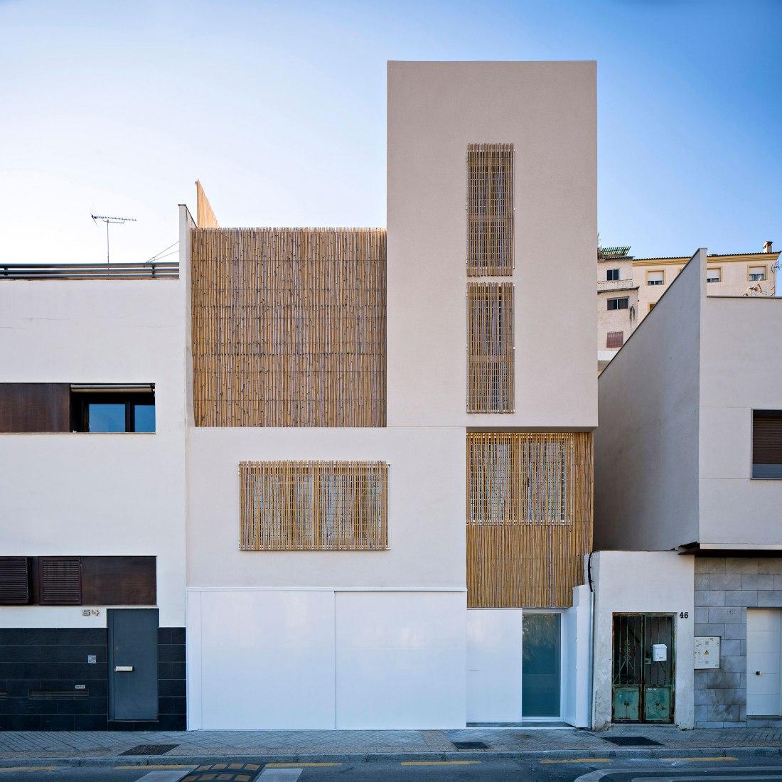Exterior view. Casa Guarnón por Fresneda&Zamora. Fotografía por Javier Callejas