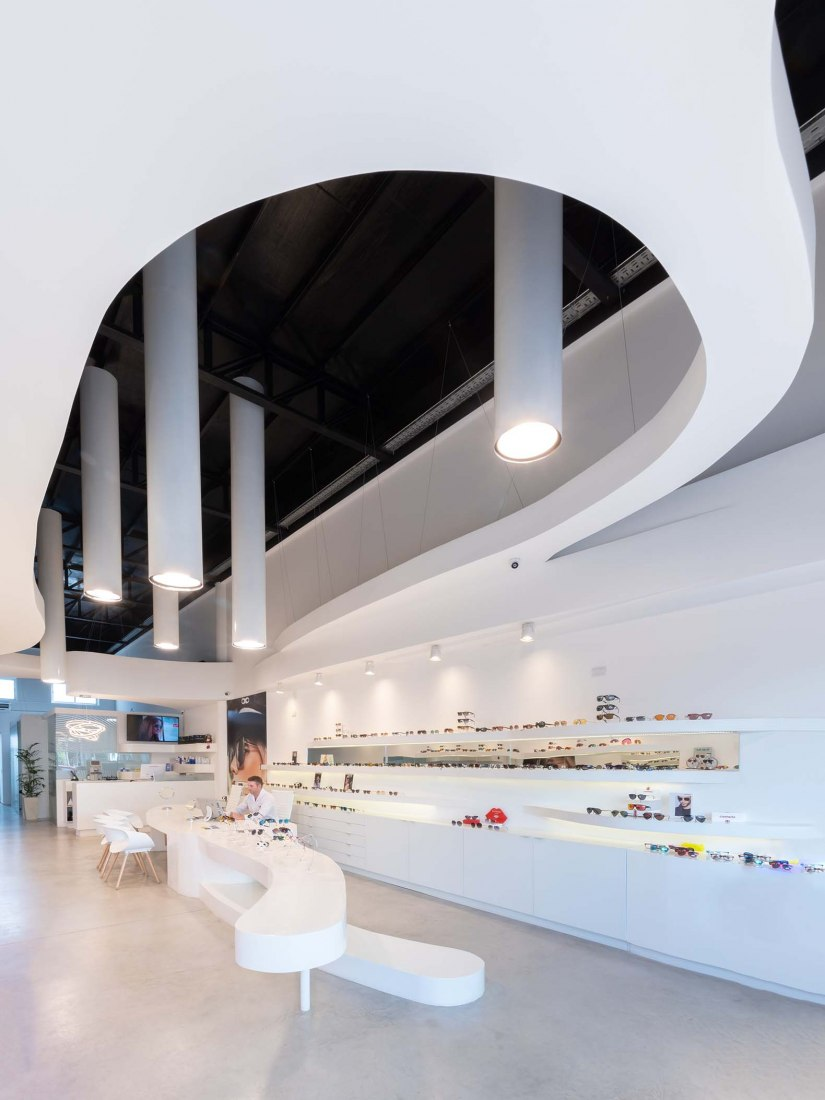 Óptica Lazzarini por Castellino Arquitectos. Fotografía por Gonzalo Viramonte