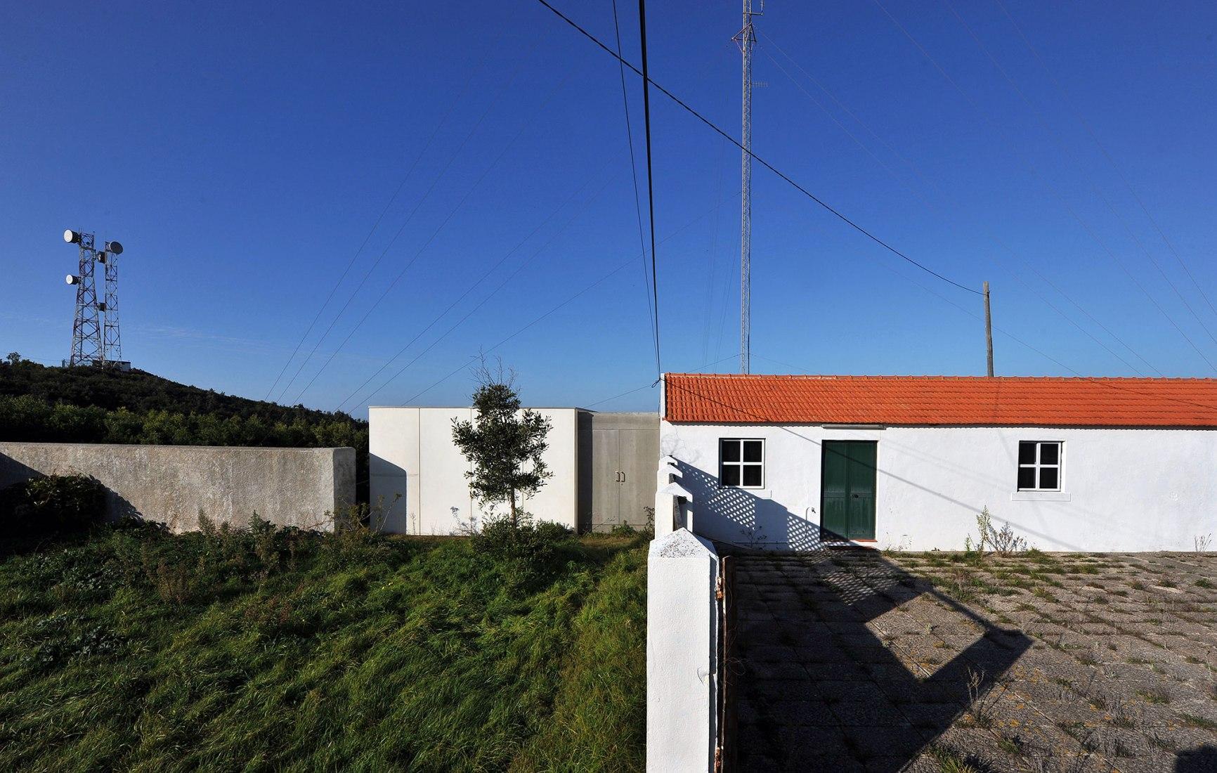 Interpretation Centre for Risk of Fire by Jorge Bártolo, Arquitetura. Photograph by João Armando Ribeiro.