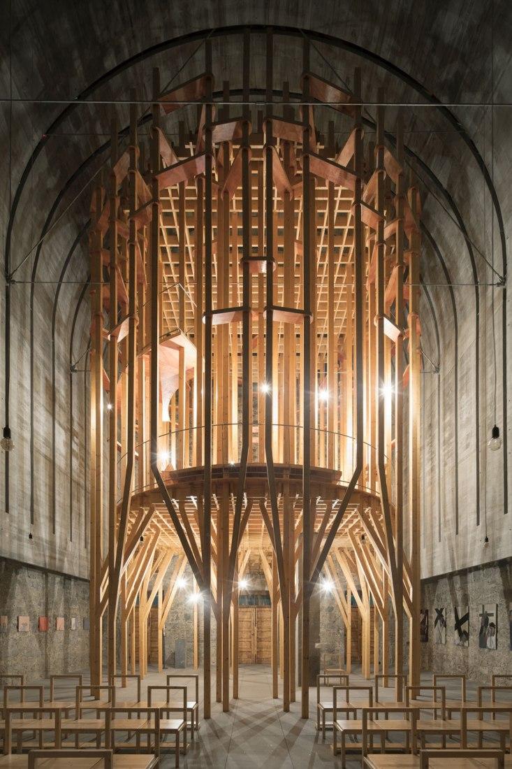 Capilla Llena de Gracia por Cerejeira Fontes Architects. Fotografía por Nelson Garrido