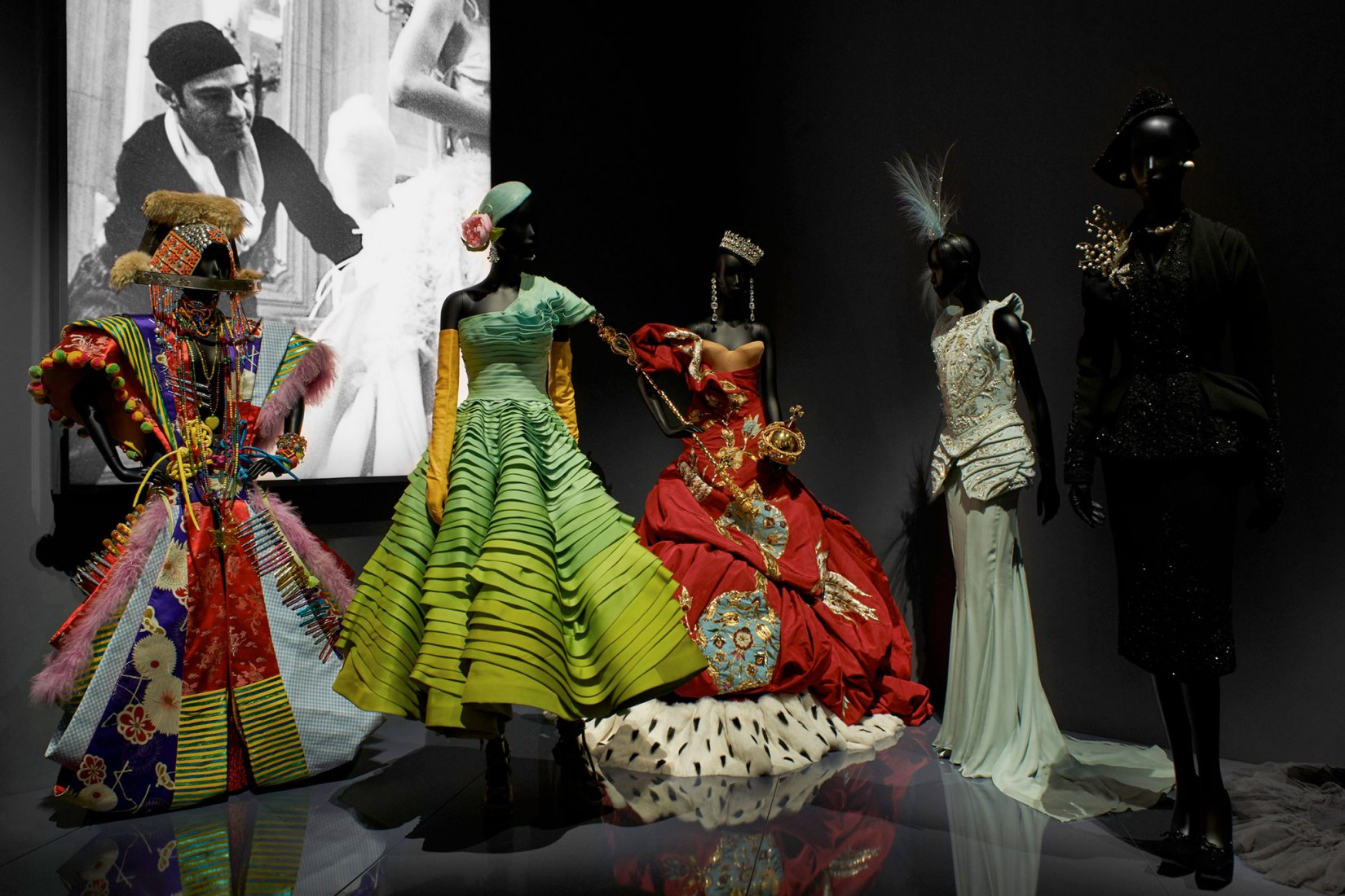 Inside the Christian Dior: Designer of Dreams exhibition. Photograph by Adrien Dirand © Victoria and Albert Museum, London