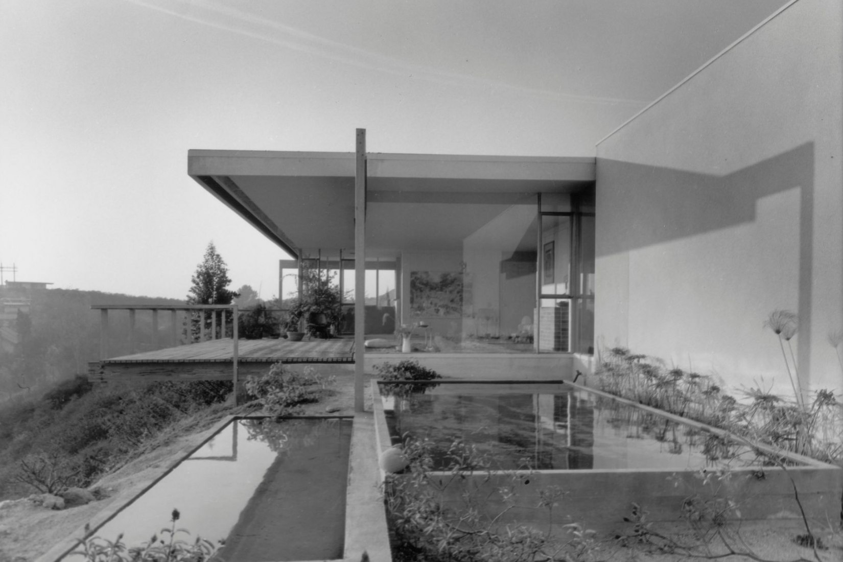 A question, on conditions to preserve a Richard Neutra home | The
