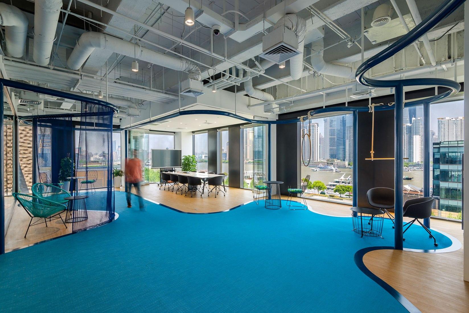 Club Med Office in Shanghai by 100architects. Photograph © Amey Kandalgaonkar Photography