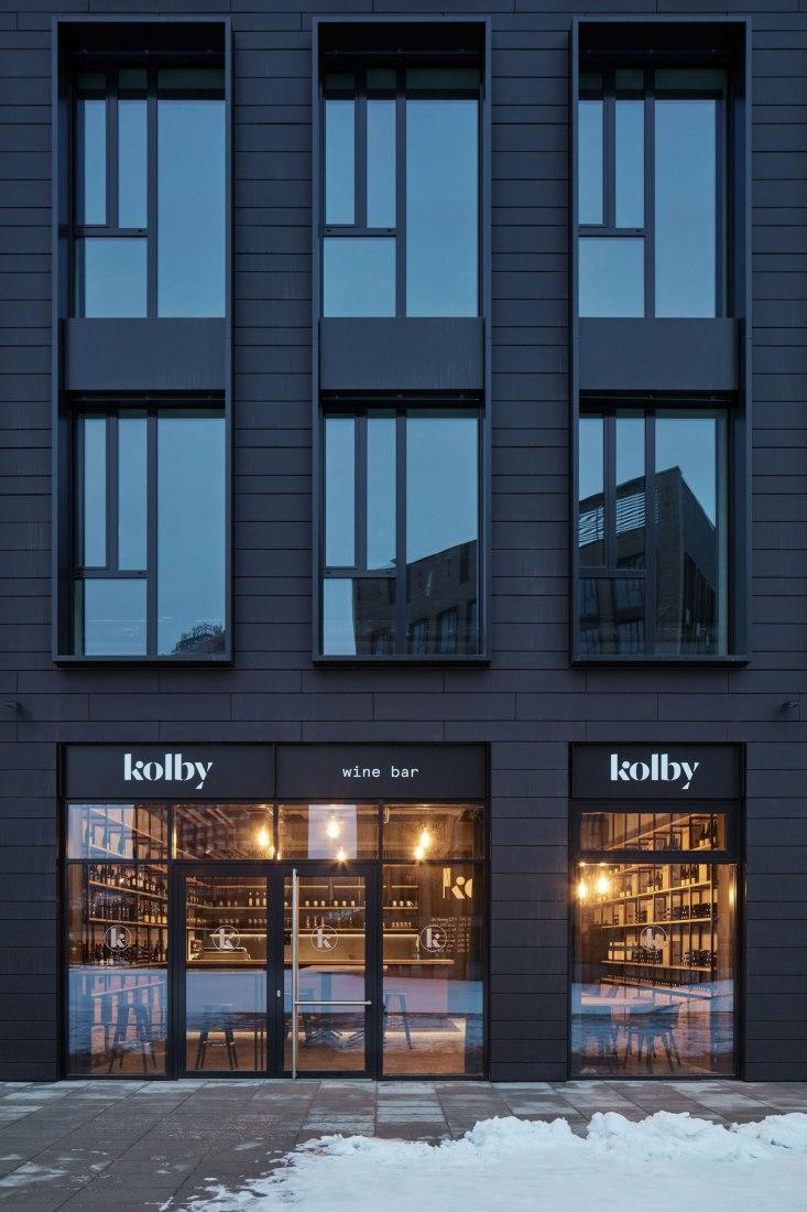 Kolby wine bar by CMC Architects. Photograph courtesy of BoysPlayNice.