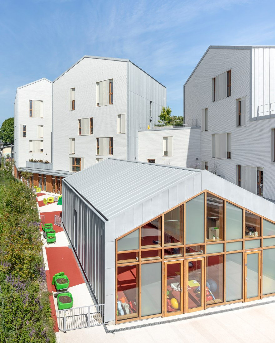 Residencia de estudiantes Sceaux por CoBe Architecture et Paysage. Fotografía por Luc Boegly