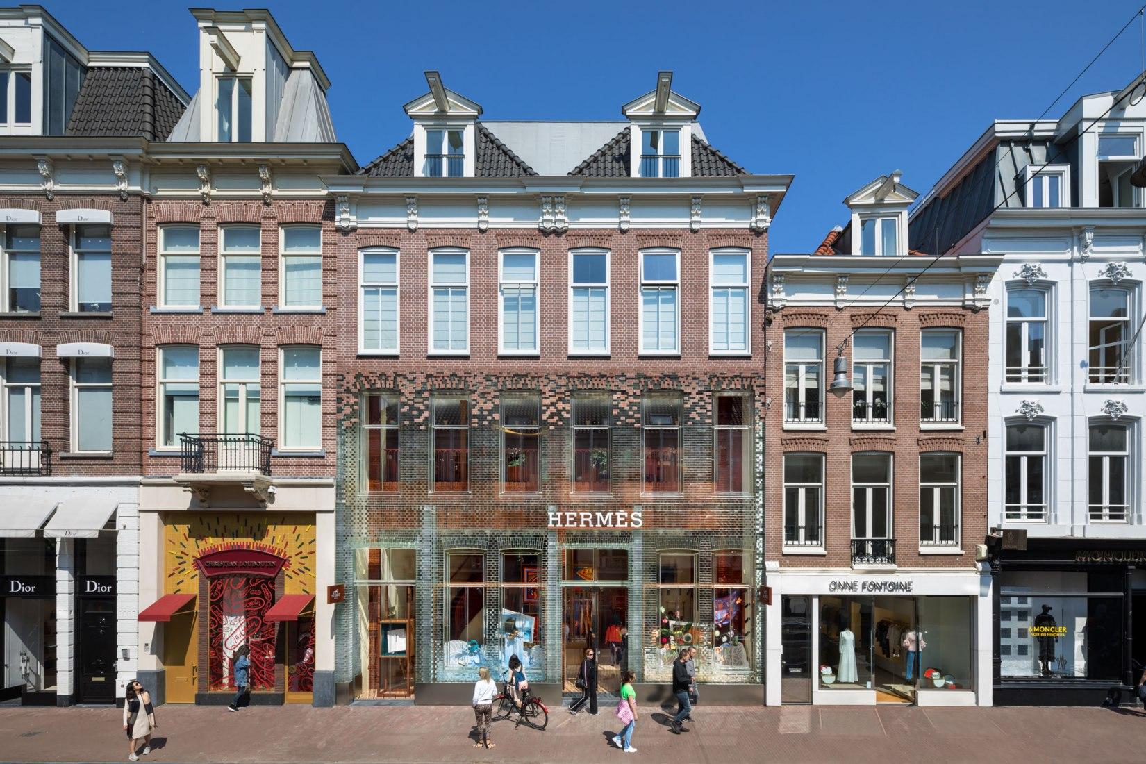 Nueva fachada deCrystal Houses por MVRDV. Fotografía de Daria Scagliola & Stijn Brakkee.