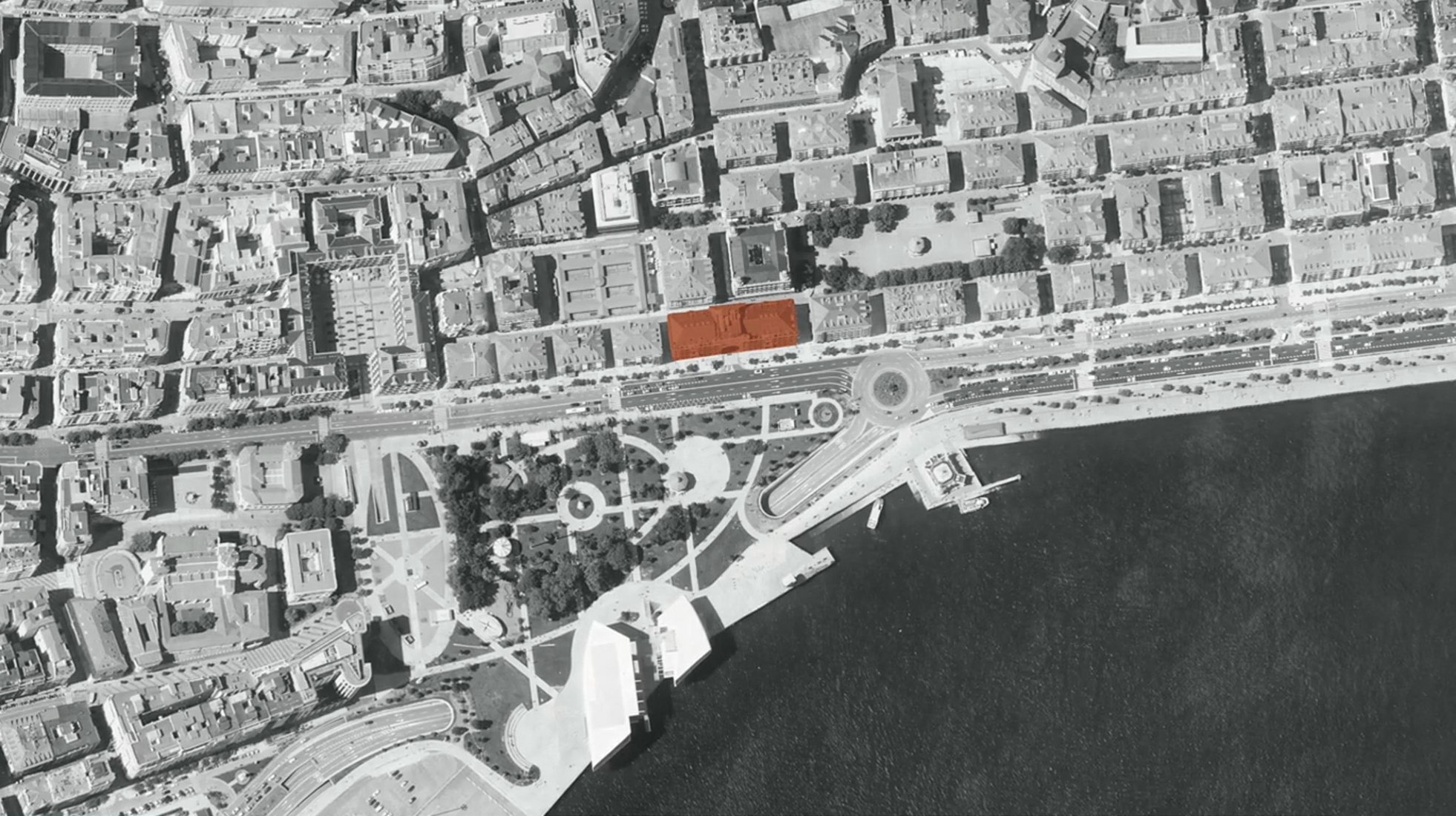 Site plan. Renovation of the Paseo Pereda building by David Chipperfield. Image courtesy of Santander.