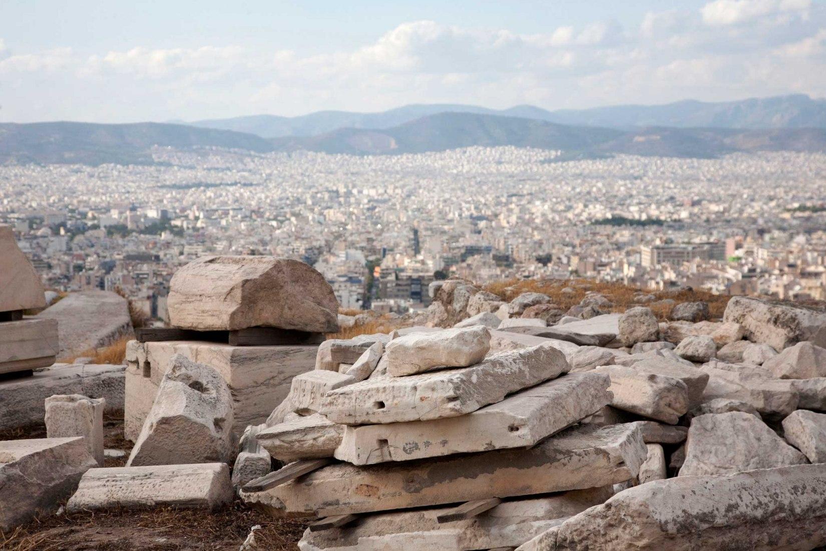 Por las laderas de la Acrópolis por Mayte Piera. Fotografía © Mayte Piera