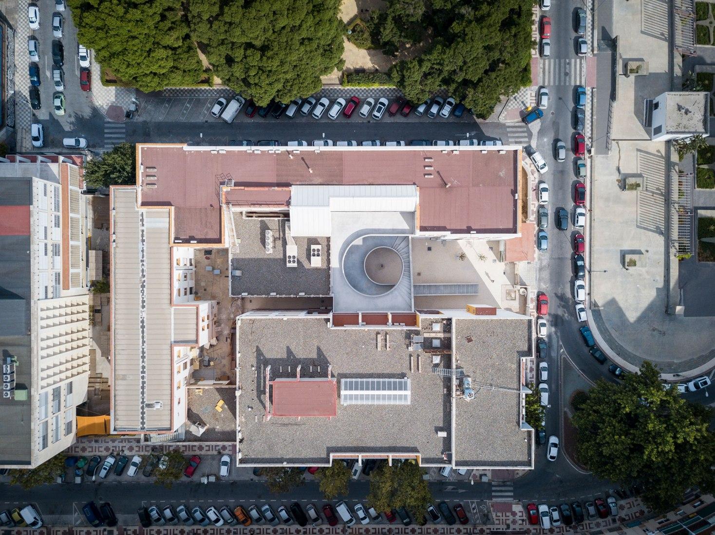 Revolución en el patio por DJarquitectura. Fotografía por Jesus Granada, Nicolás Díaz y DJarquitectura
