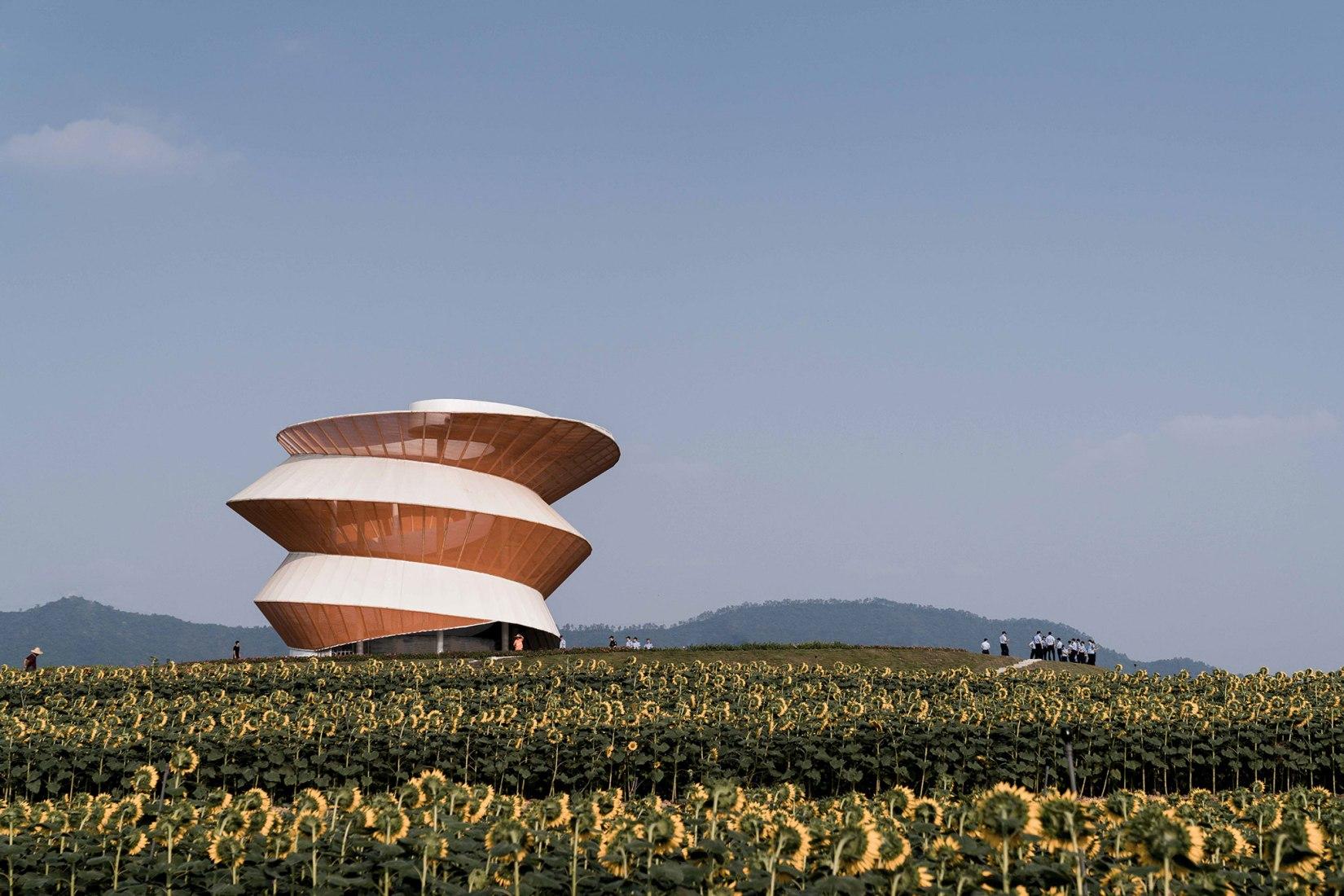 Torre de la espiral por Doarchi. Fotografía por SCHRAN