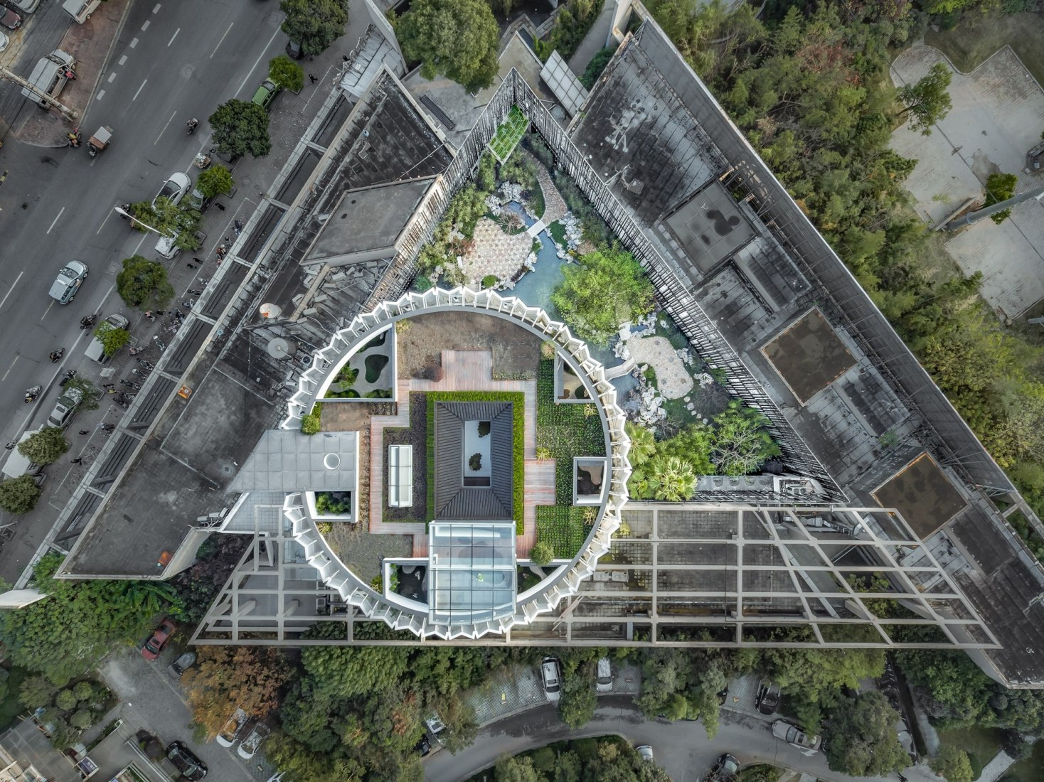 Overview. Eight tenths Garden by Wutopia Lab. Photograph © CreatAR