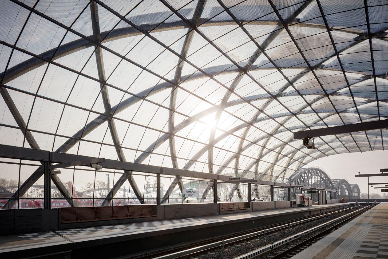 New Elbbrücken Underground station by gmp Architekten and sbp. Photograph by Marcus Bredt.