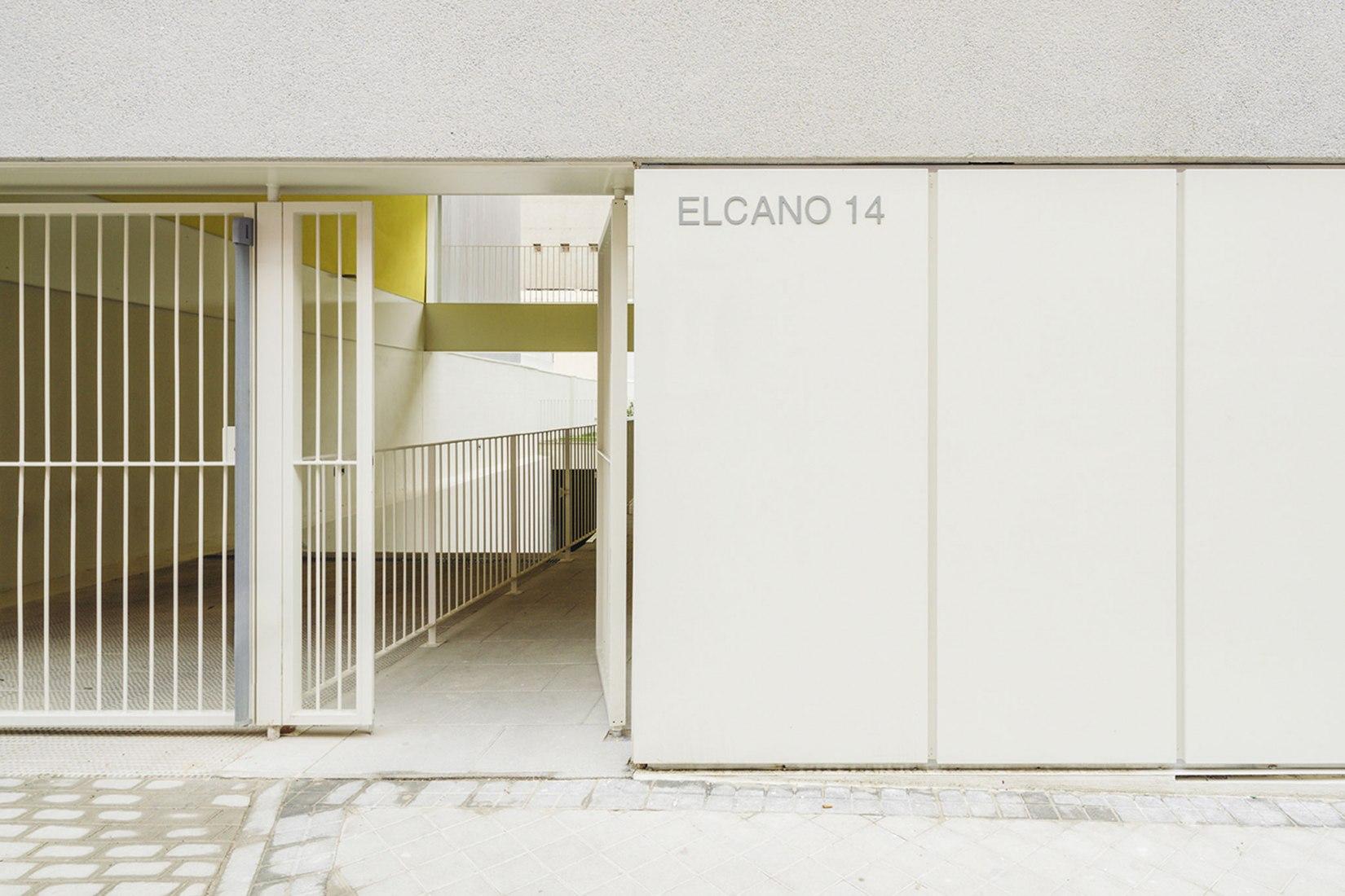 Elcano por FRPO Rodriguez & Oriol ARCHITECTS. Fotografía de Imagen Subliminal (Miguel de Guzmán + Rocío Romero).