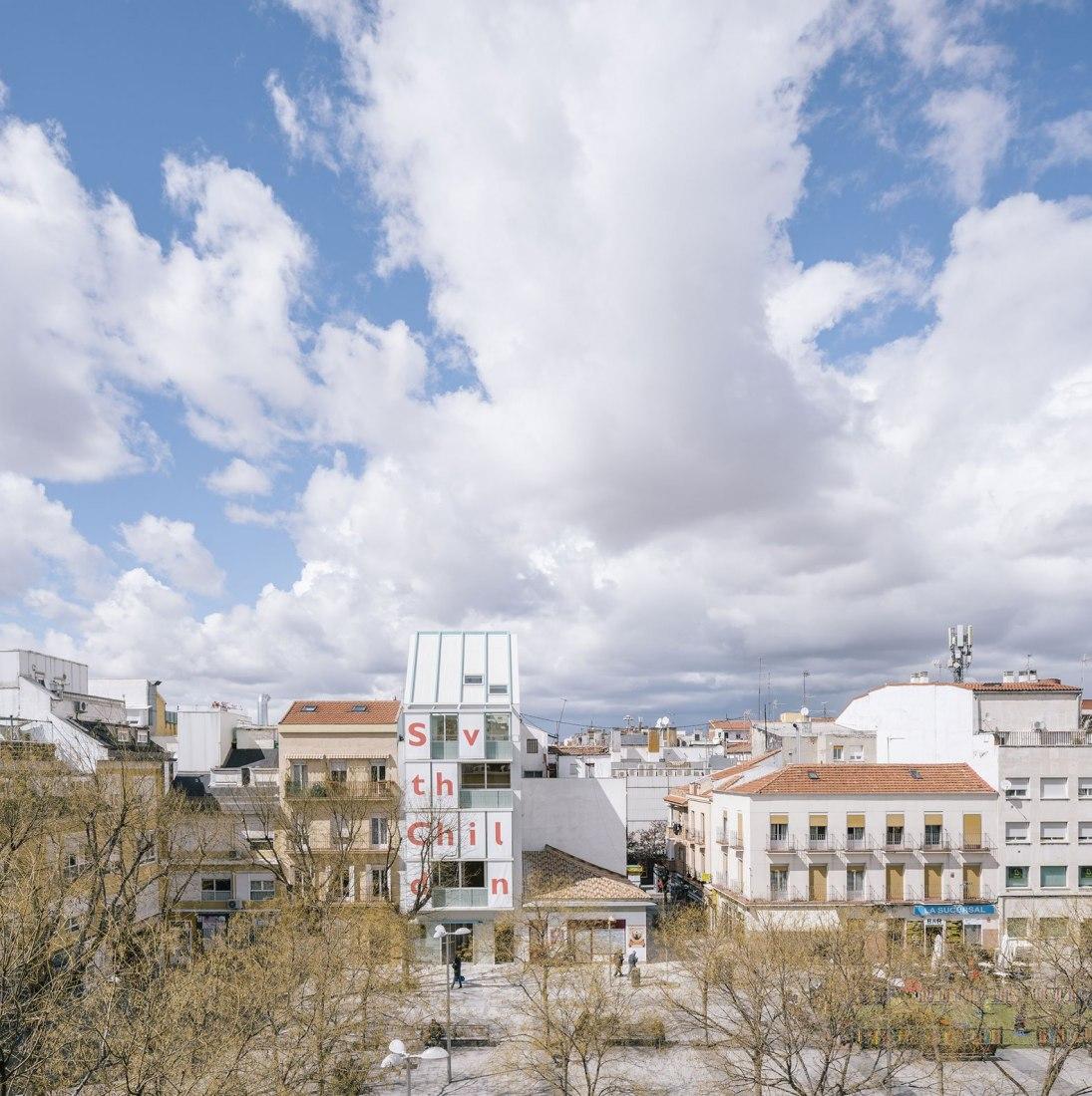 Vista general. 093-Save the Chlidren por elii. Fotografía por Imagen Subliminal (Miguel de Guzmán y Rocio Romero)