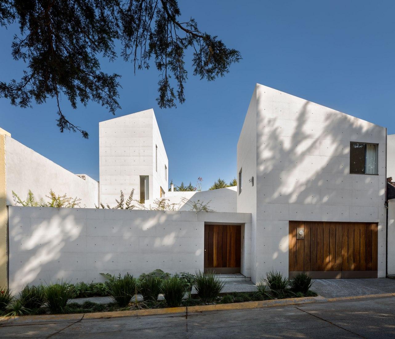 CAP House by Estudio MMX. Photograph by Rafael Gamo