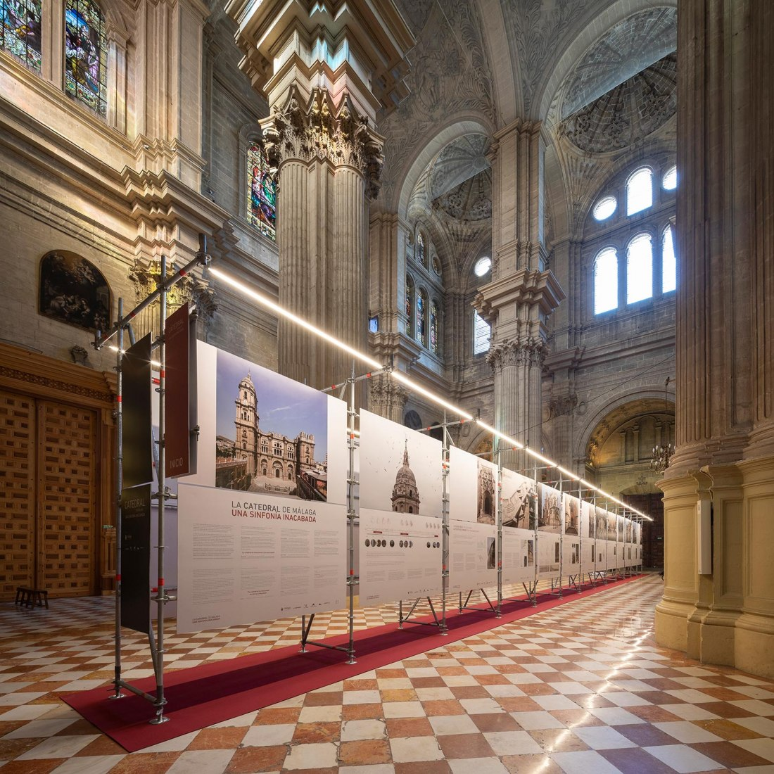 Exhibition. The Cathedral of Malaga. An unfinished symphony, by marinauno. Photograph by Fernando Alda
