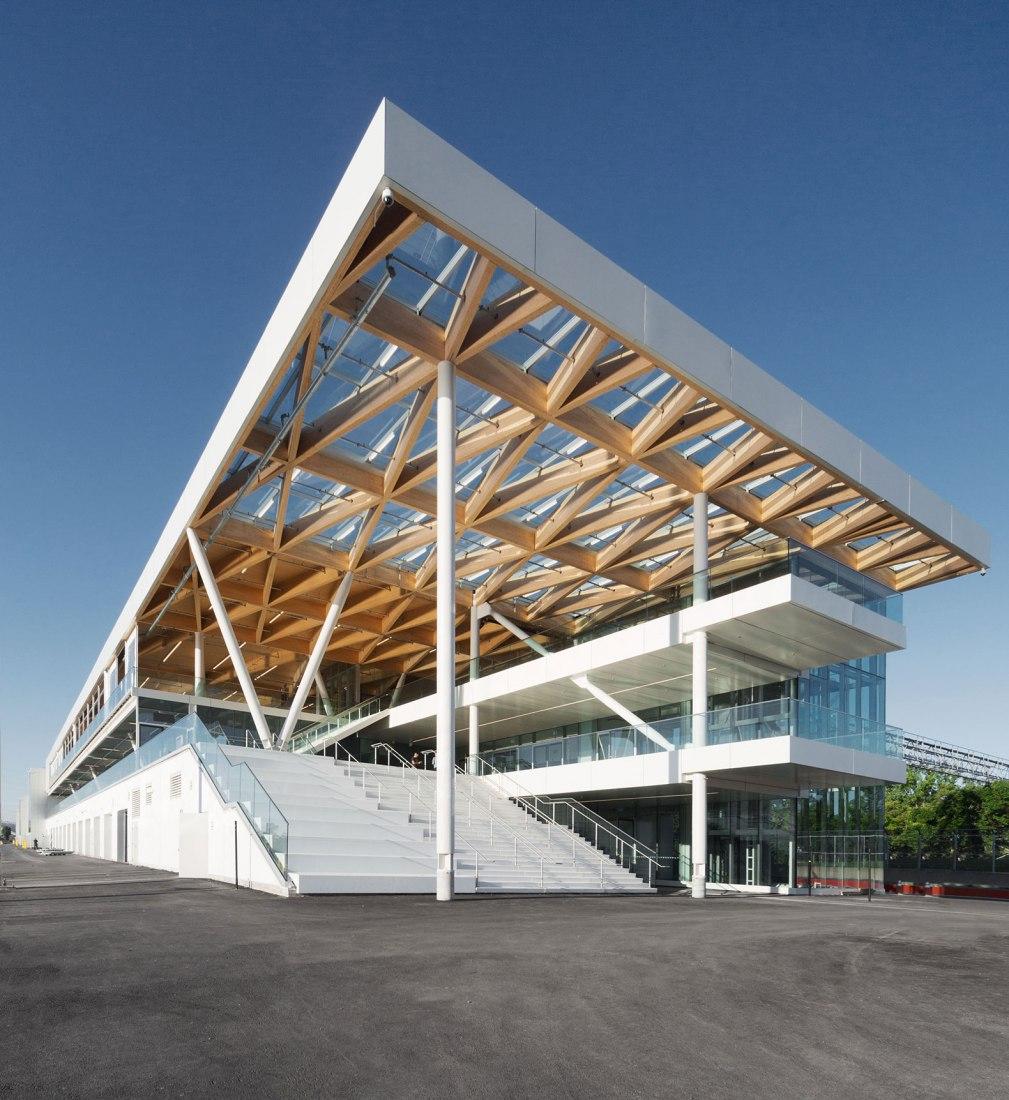 F1 Gran Premio de Canadá-Nuevo Paddock por les architectes FABG. Fotografía por Steve Montpetit
