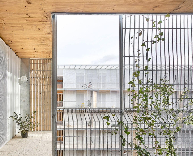 Viviendas sociales en Cornell. Proyectos finalistas de la 63a edición de los Premios FAD de Arquitectura. Fotografía por José Hevia.