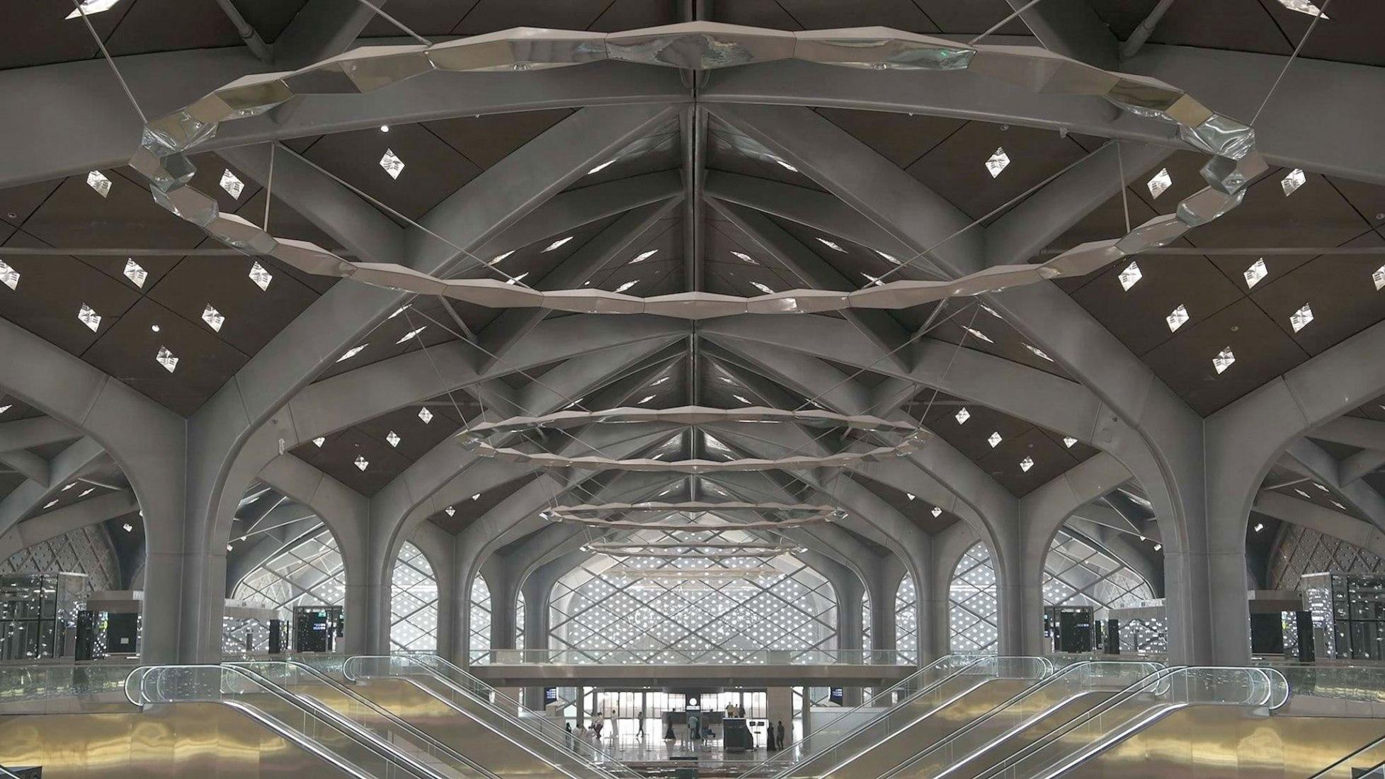 Estación de alta velocidad de Haramain por Foster + Partners. Fotografía por Nigel Young / Foster + Partners