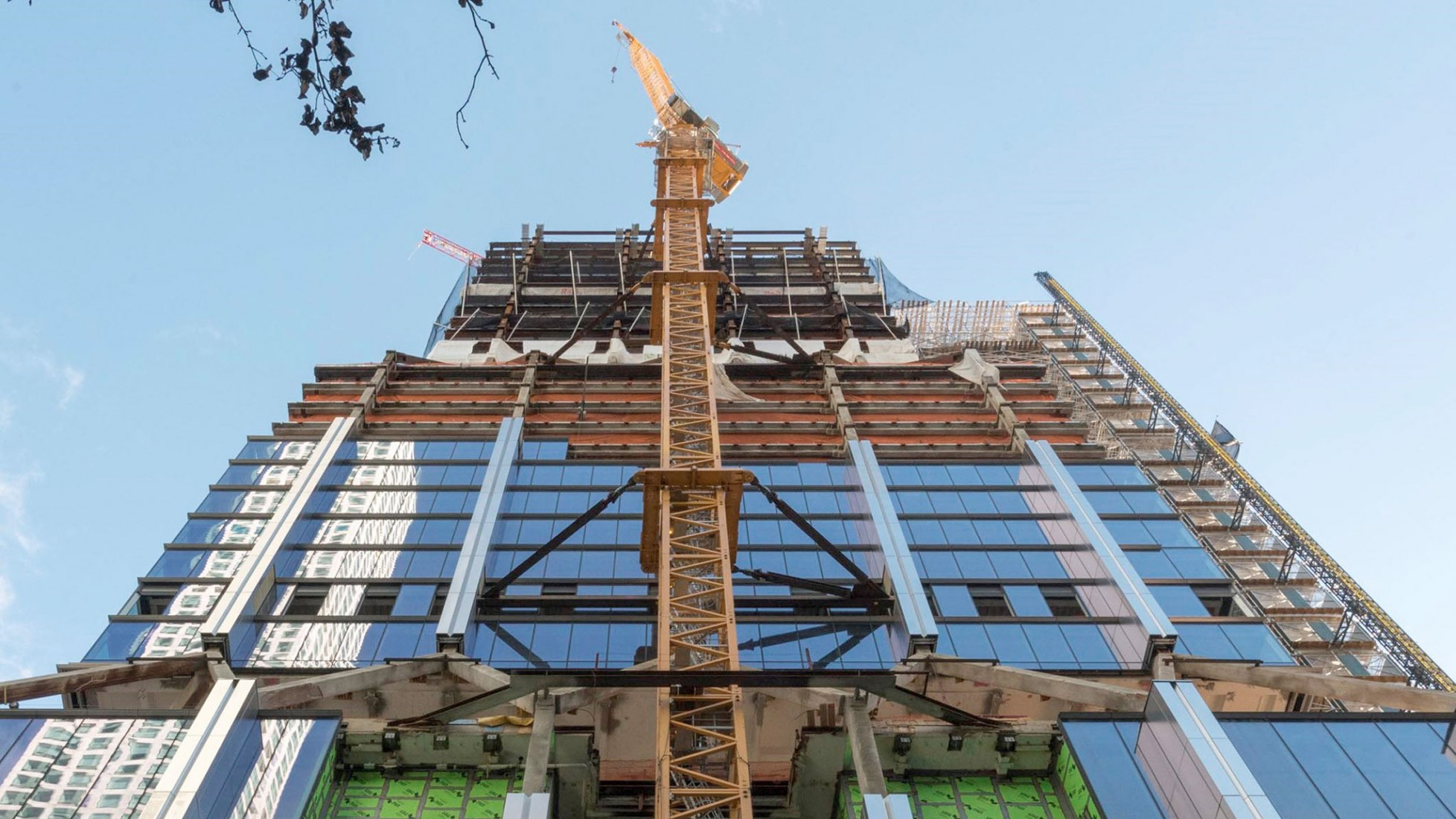 425 Park Avenue tops out by Foster + Partners. Photography by Nigel Young / Foster + Partners