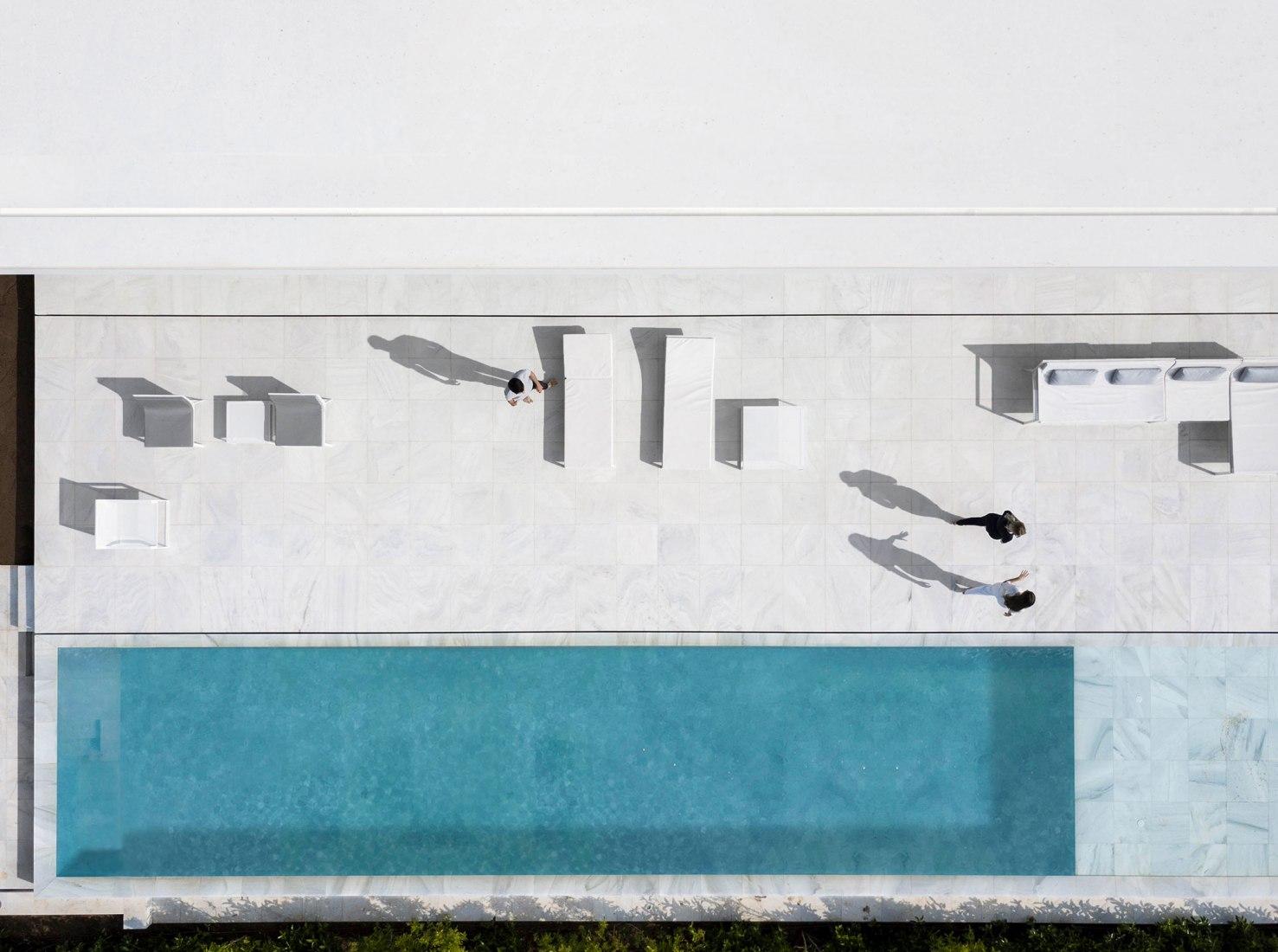 Hofmann House by Fran Silvestre Arquitectos. Photograph by FG + SG. Ultimas Reportagens. Fernando Guerra