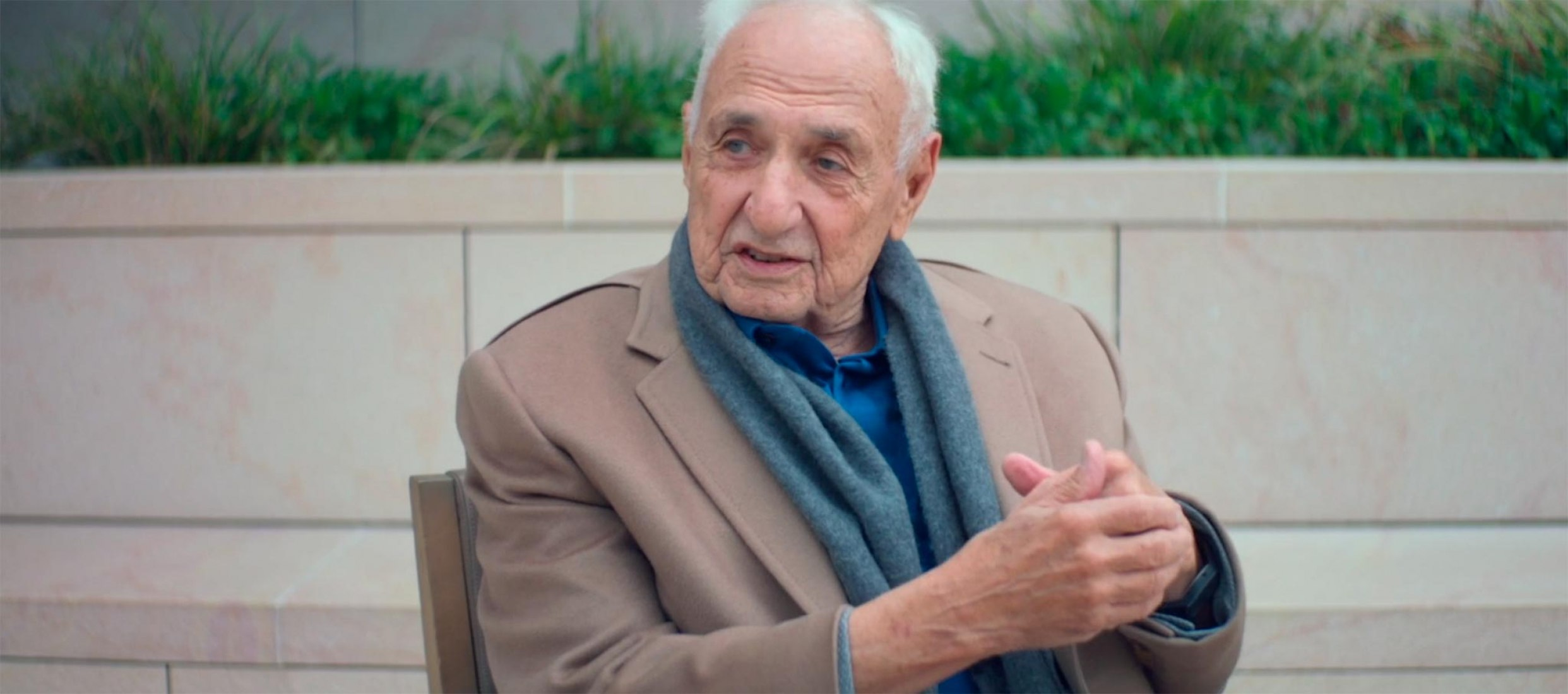 FRANK GEHRY. Creating Feeling