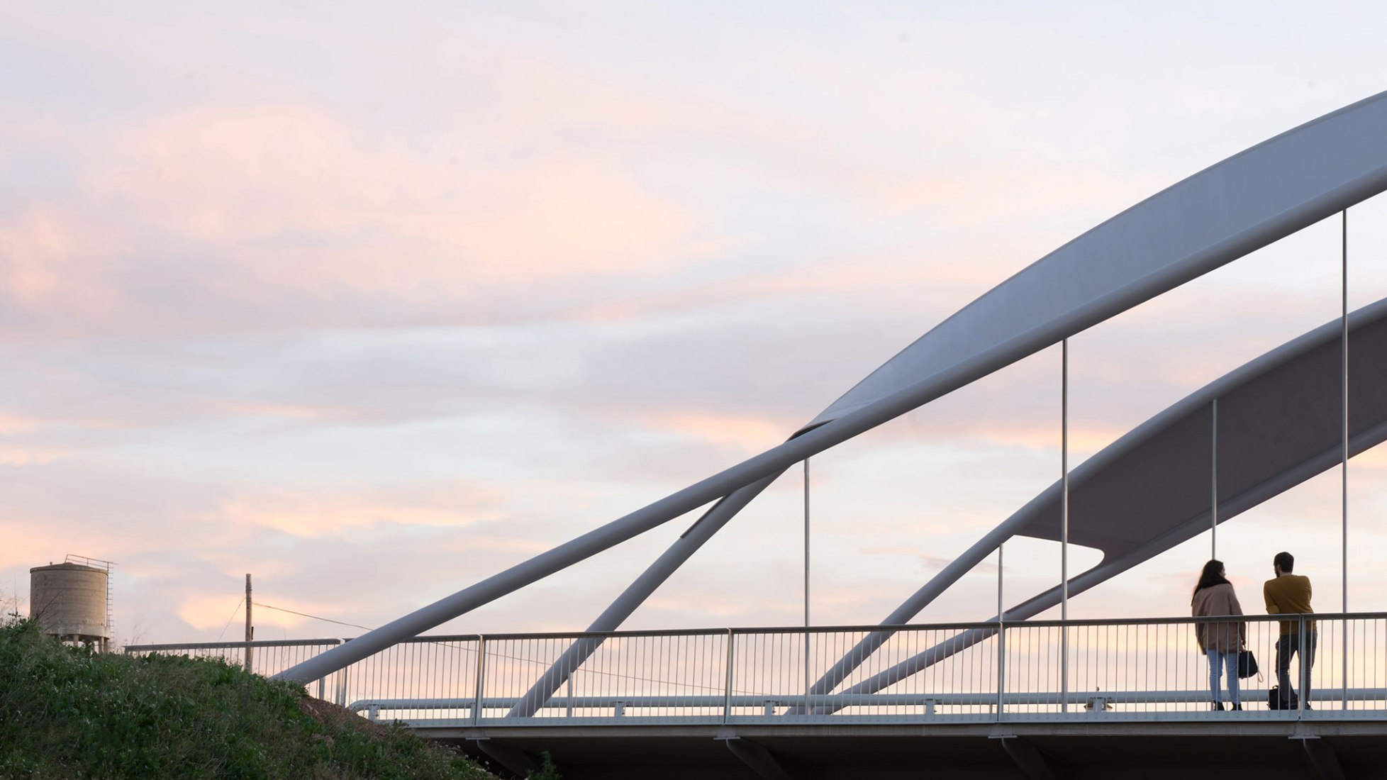 Puente Arco Puçol por FVAI. Fotografía por VAAN