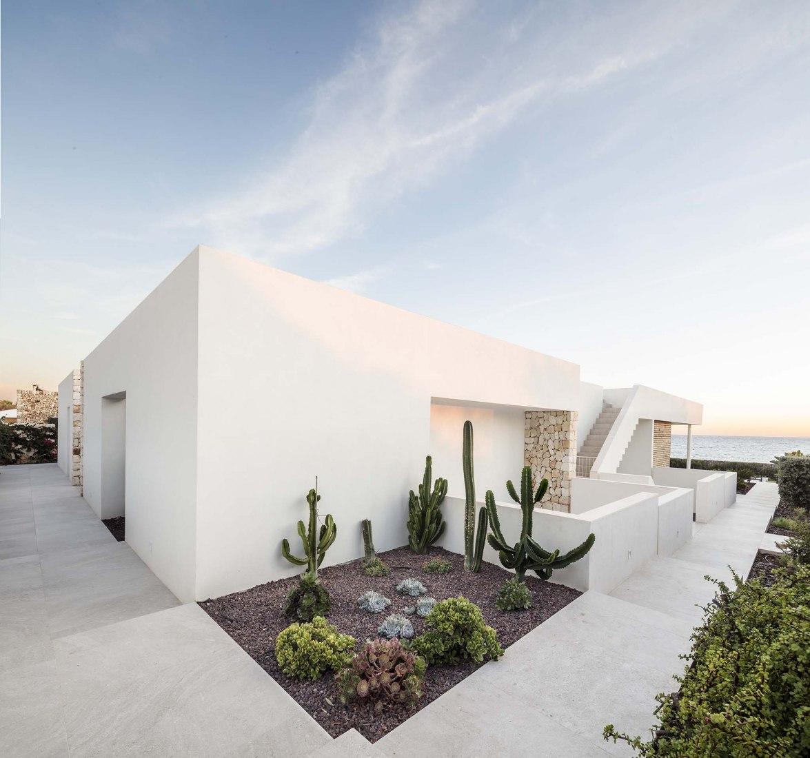 Casa M por Gabriel Montañés. Fotografía por Adrià Goula