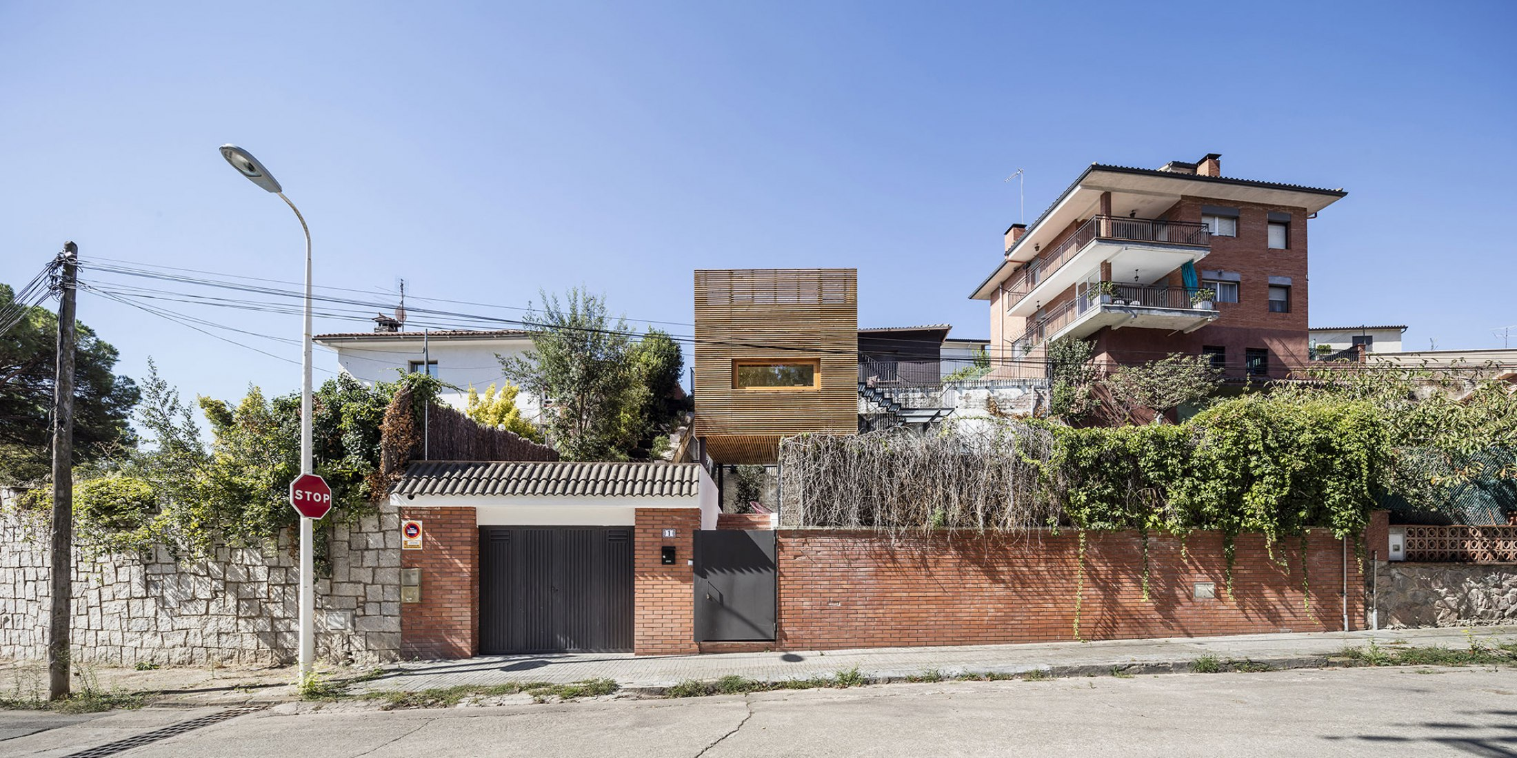 Casa JC por Alventosa Morell Arquitectes. Fotografía © Adrià Golua