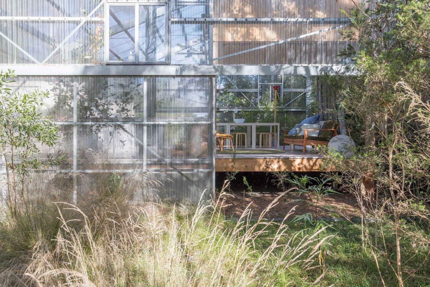 Ground (Casa Jardín), 2018 - Westernport, Victoria, Australia. Comisarios por Linda Tegg y Baracco + Wright Architects, con David Fox. Fotografía de © Linda Tegg