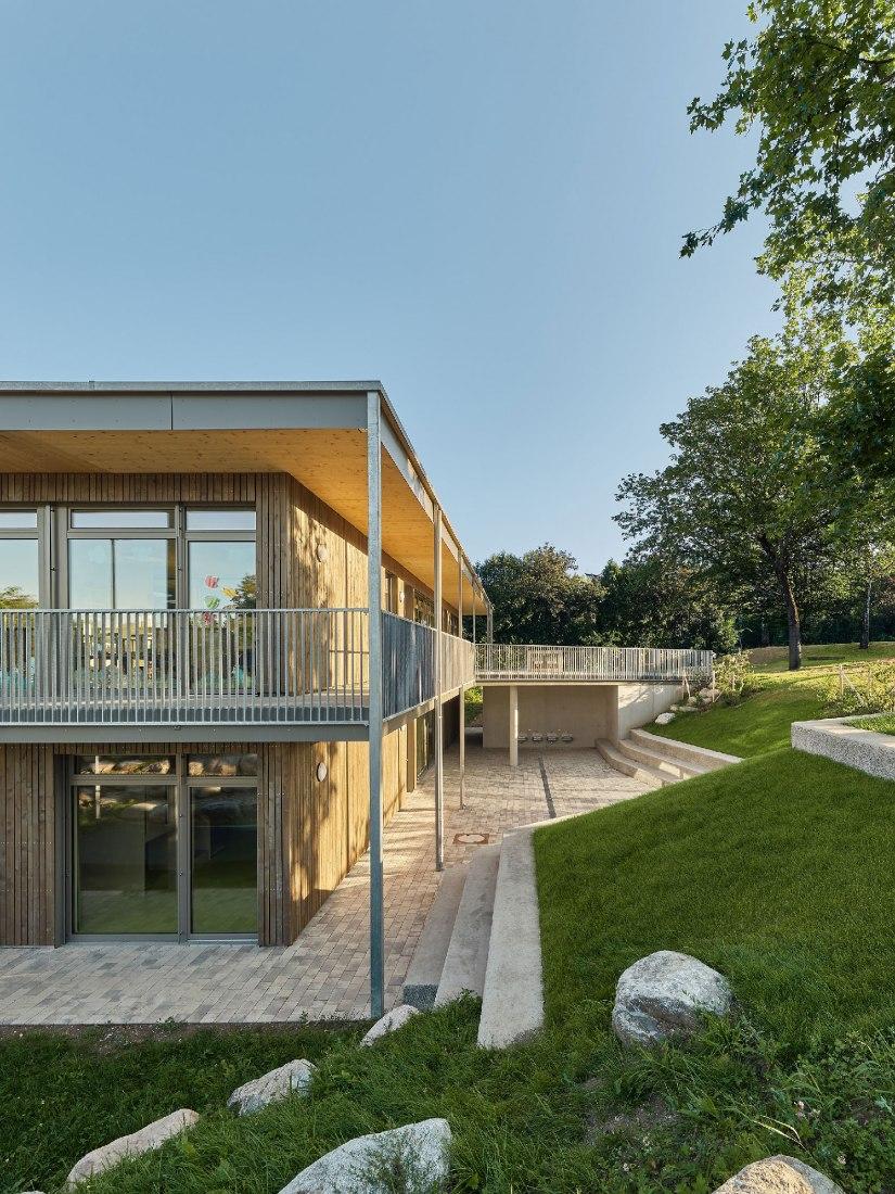 Daycare center Haldenstrasse by se\arch architekten bda. Photography by Zooey Braun.