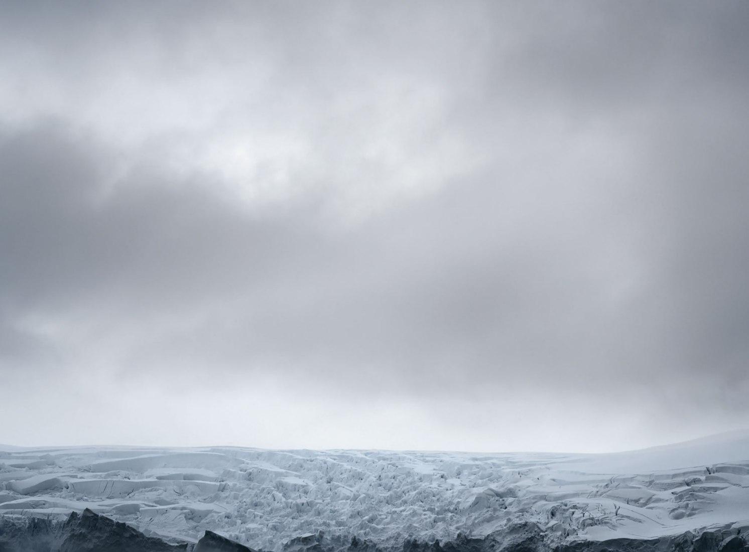 Lemaire Channel - 2, Axel Hütte, 2017. Técnica.- Imprensión en Color. Tamaño.- 115 x 145 cm. Edición.- 4. Imagen cortesía de Galería Helga de Alvear