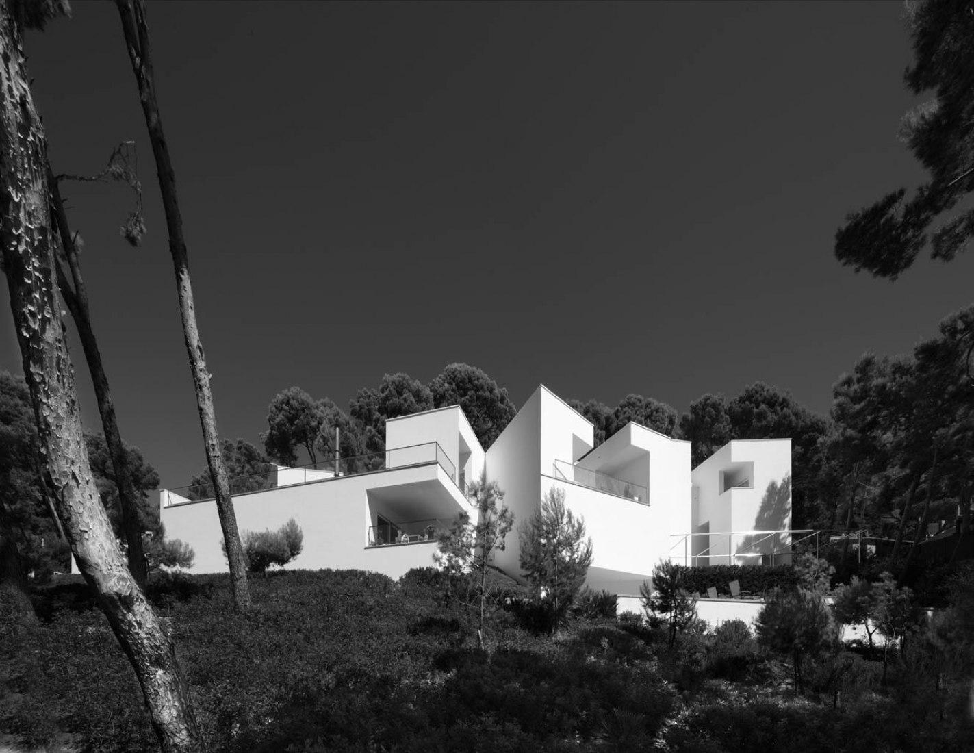 Una Casa en Mallorca por Álvaro Siza. Fotografía por Juan Rodríguez