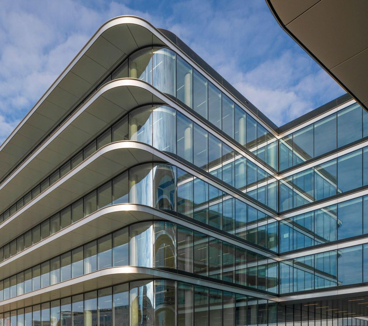 Inauguración. Nuevas oficinas de ING, por Benthem Crouwel Architects y HofmanDujardin. Fotografía por Matthijs van Roon / ©HofmanDujardin