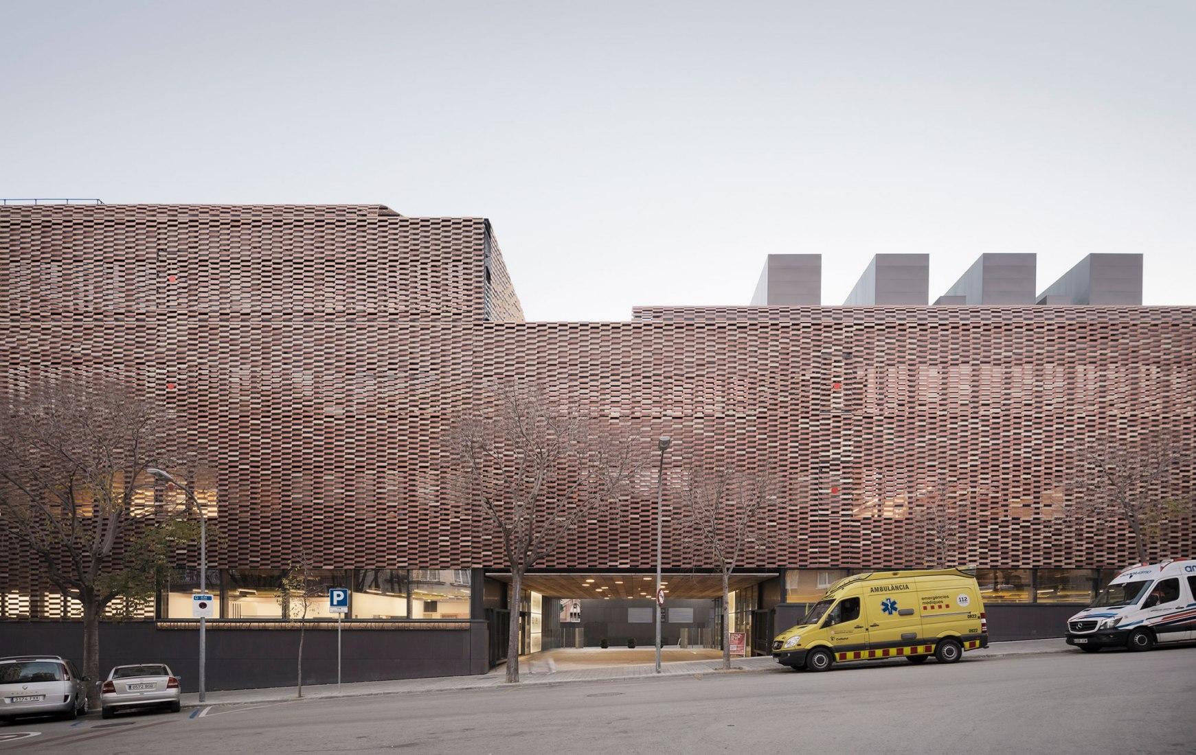 Instituto de Investigación del Hospital de Sant Pau por Pich-Aguilera. Fotografía por Aldo Amoretti.