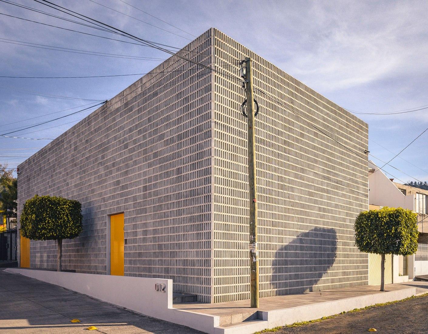 WOL Center por Iván Marín + Doho Constructivo. Fotografía por José Carlos Macouzet