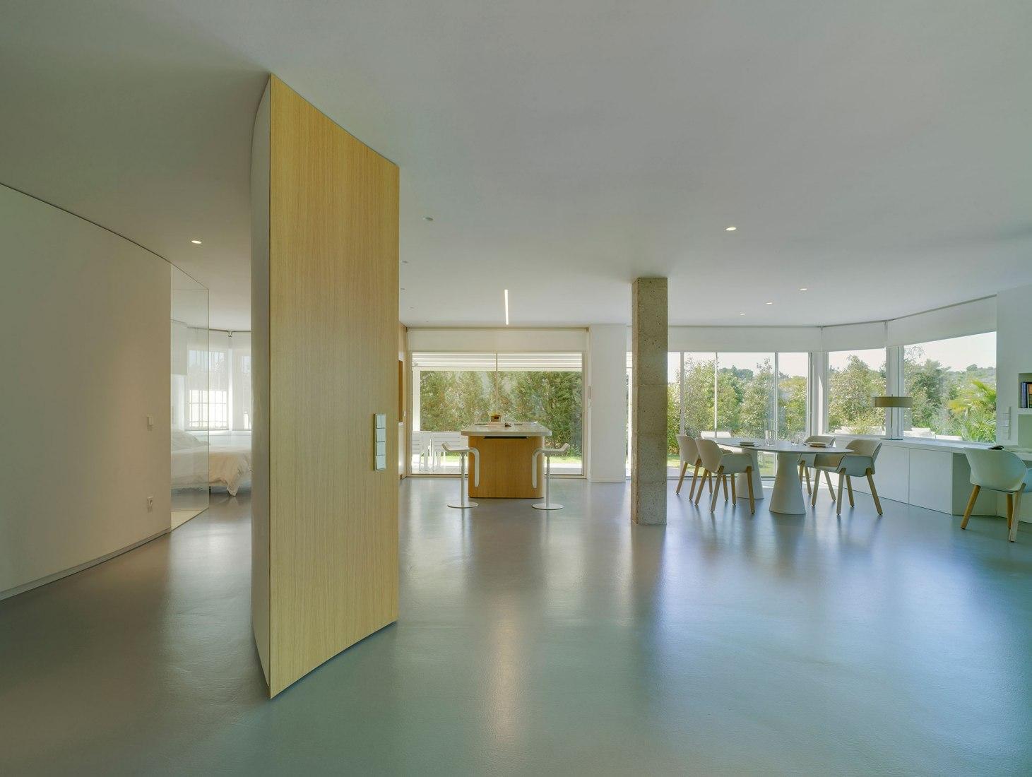 GW House Renovation by Jaime Sepulcre Arquitecturas. Photograph by David Frutos Ruiz