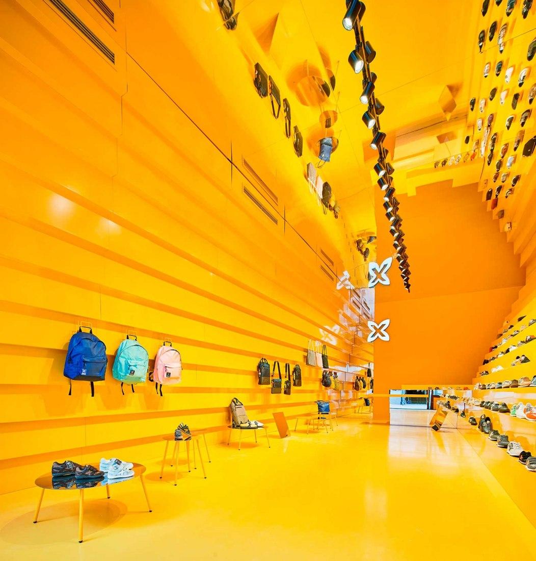Step, Munich Outlet Store por Studio Animal. Fotografía por Jose Hevia