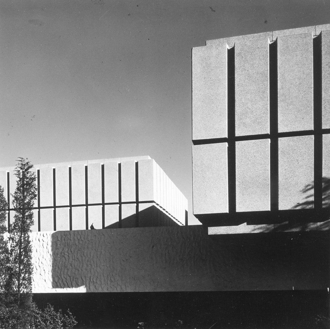 Detalle del pabellón español en Nueva York, 1964-65. Imagen cortesía de Loewe.