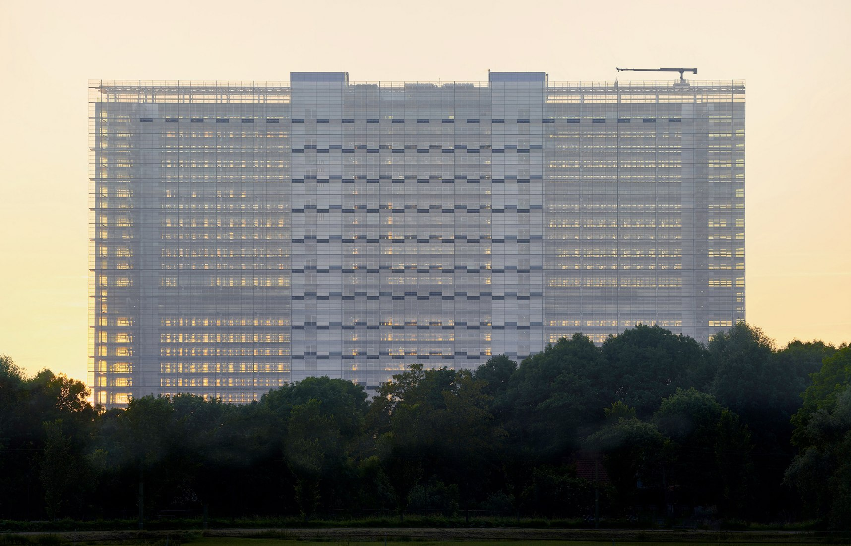 Photo of the EPO's new main building in The Hague.  ©Ronald Tilleman for European Patent Office