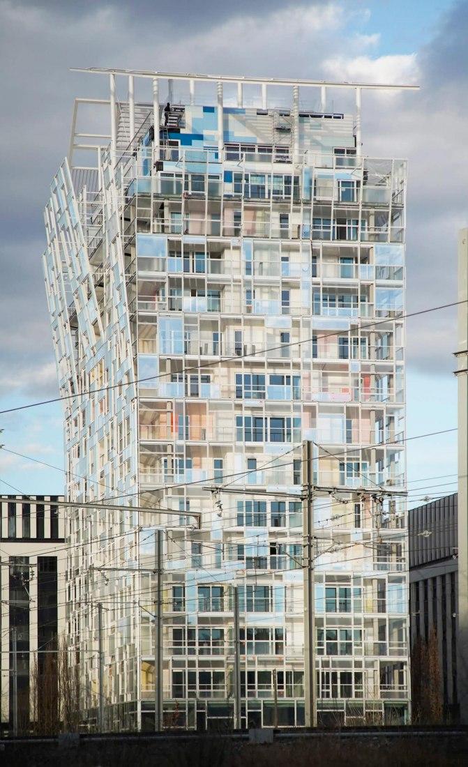 Torre residencial en La Confluence. Ycone por Ateliers Jean Nouvel. Fotografía por Morel Journel