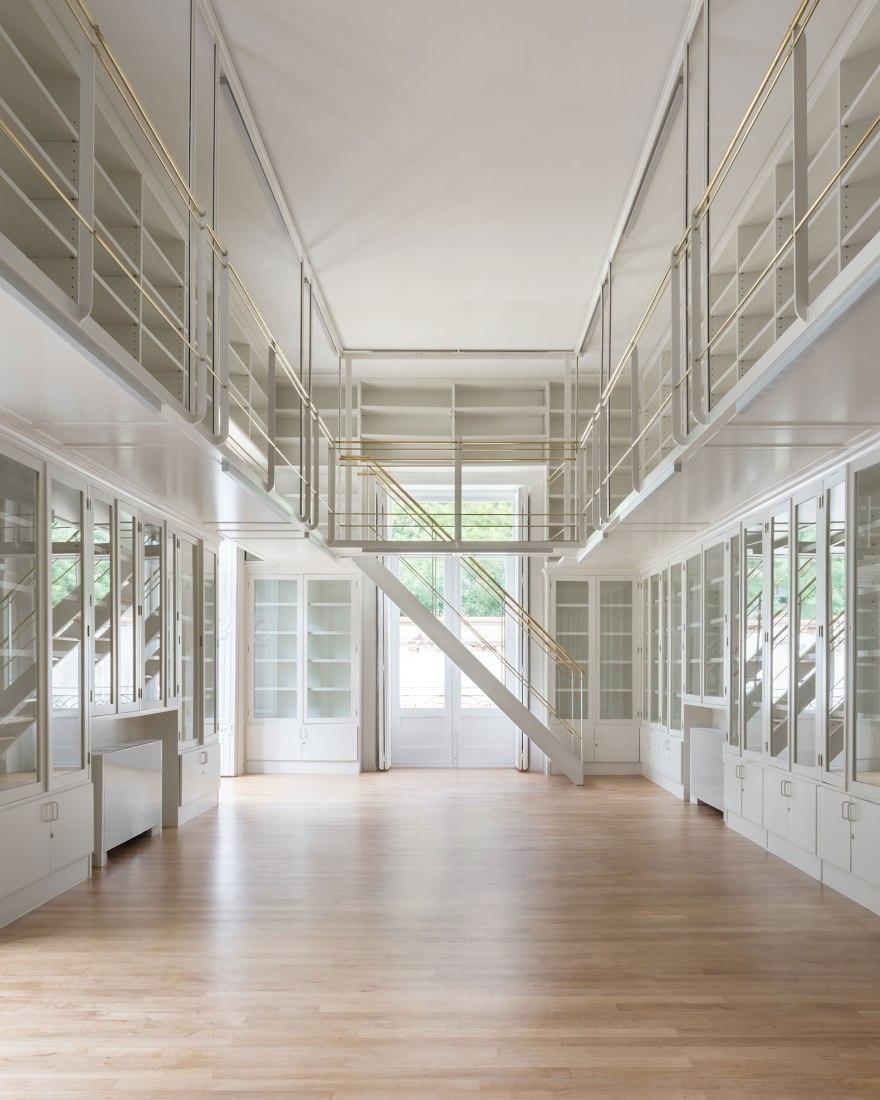 Rehabilitación y Ampliación de la Fundacion Ortega y Gasset - Gregorio Marañón por Junquera Arquitectos. Fotografía por Lucía Gorostegui