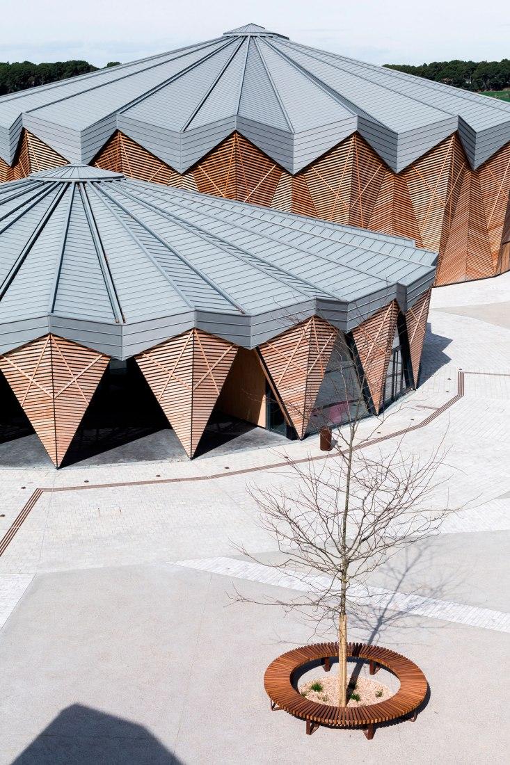 Domaine de Bayssan por K Architectures Sigwalt Herman. Fotografía por Sophie Oddo.