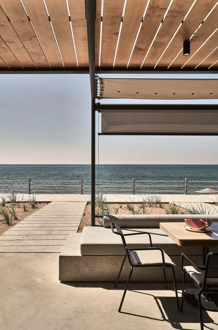 Dexamenes Seaside Hotel by K-Studio. Photograph by Claus Brechenmacher & Reiner Bauman