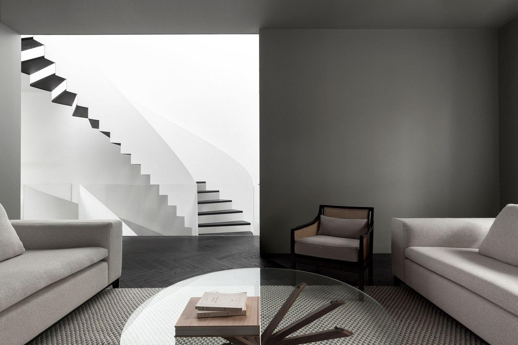 Salón. Maison du Parc por La Shed Architecture. Fotografía por Maxime Brouillet