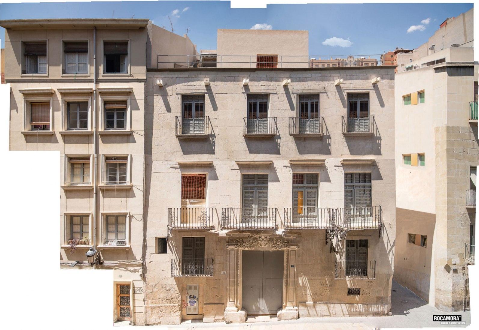 LAB15. Reforma del palacio de Portalet por Rocamora Diseño & Arquitectura. Fotografía por Cabrera.Photo.
