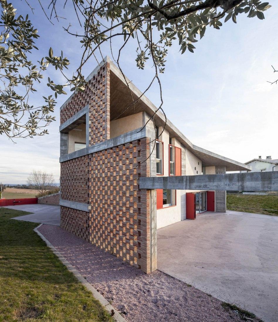 Casa Bitxo por Lagula arquitectes. Fotografía © Adrià Goula