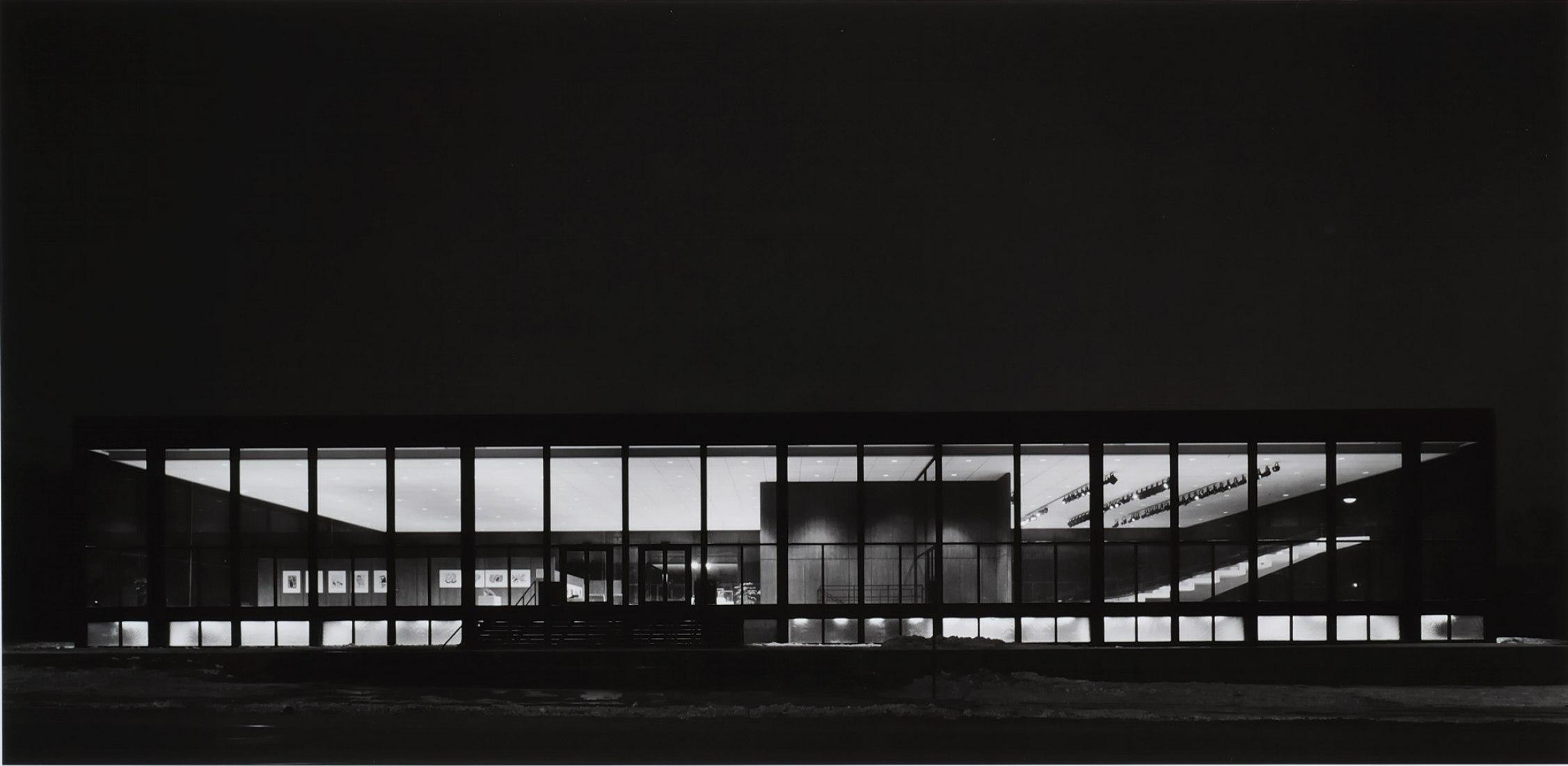 Richard Nickel. Bailarines en el teatro del Centro Saidye Bronfman, 1968. Phyllis Lambert, Arquitecto. Impresión en gelatina de plata. Imagen cortesía del fondo Phyllis Lambert, CCA.