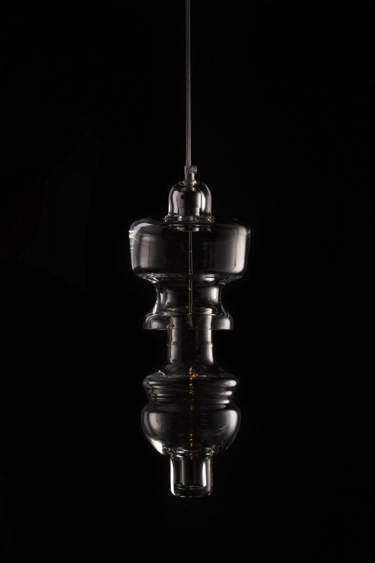 Colección Rfc+,13 lámparas suspendidas en cristal soplado, por Mayice Estudio. Imagen cortesía de Mayice Estudio